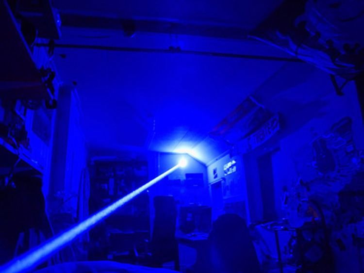 blauer laser 10W
