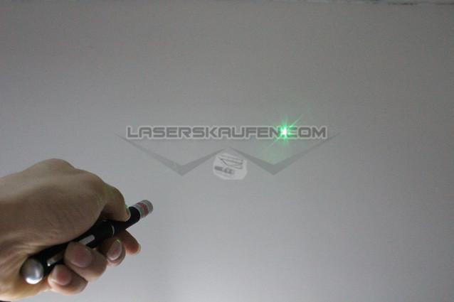helle Laserpointer Stift grün 100mW