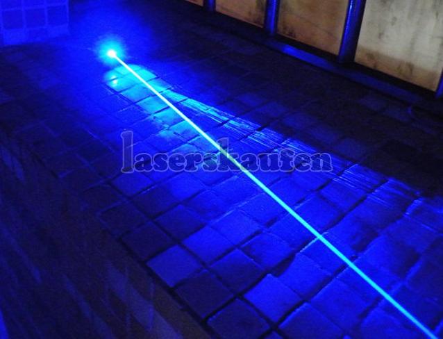 Blauer Laserpointer 10000mW hitzebeständig